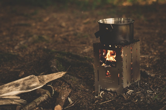 Induction vs Gas Stove- Choosing the Right Stove for Your home - Firewood