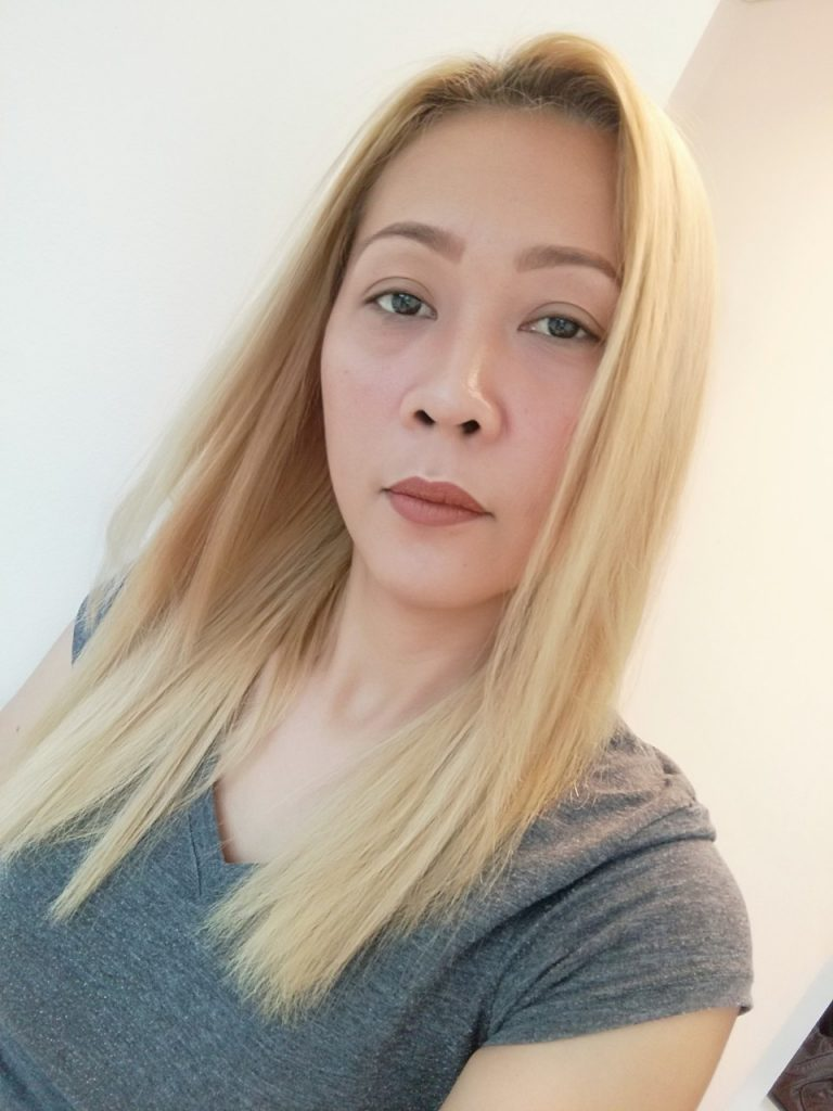 How to Dye Asian Hair White - Second Bleaching Session (2)