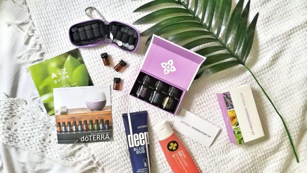 dōTERRA Essential Oil Introductory Kit Review